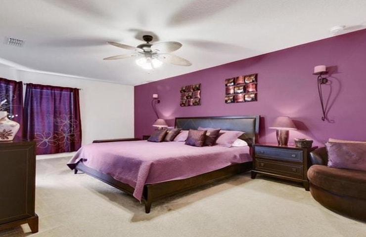 https://shop.orlandovacation.com/hotelphotos/RHN_ovh1077_masterbedroom.jpg